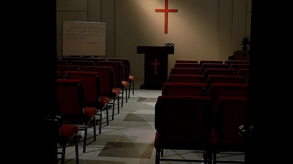Ciascuna setta nel mondo religioso crede che la sua via sia quella vera. Dunque, come si distingue la vera via da quelle false?