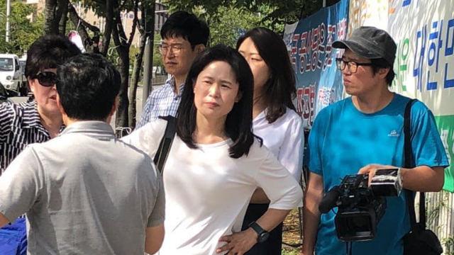 Arrivano! Il PCC rimanda in Corea i familiari dei rifugiati della Chiesa di Dio Onnipotente a inscenare false dimostrazioni