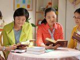 molto felice di leggere la parola di Dio con le sorelle